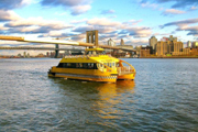 New York Water Taxi: hop on hop off per un giorno